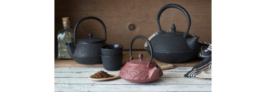 Ceainice din fonta