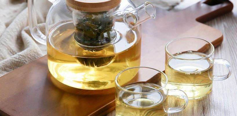Zece beneficii ale ceaiului verde