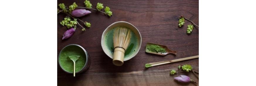 Accesoriile traditionale pentru prepararea ceaiului matcha