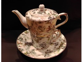 """Ceainic cu cana Tea for One colectia """"Black Roses"""" Gold Collection"""