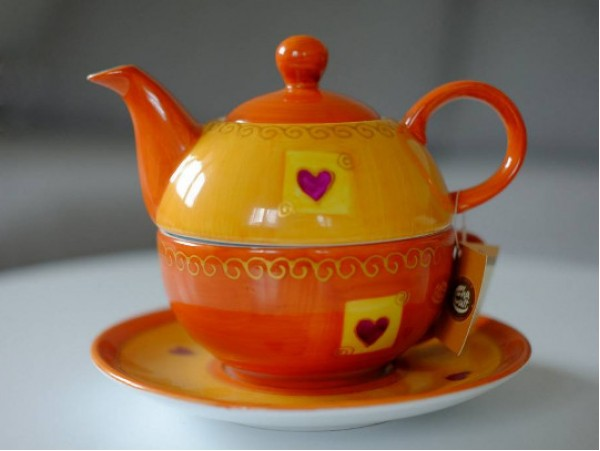 "Tea for One Portelan Pictat Manual ""Love"""