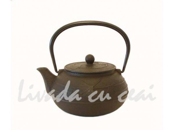 Ceainic din Fonta Gingko