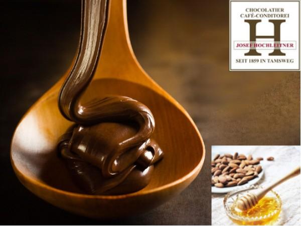 Ciocolata cu Miere si Migdale