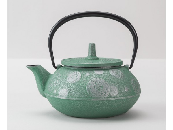Ceainic din Fonta Komari Verde 0.65L