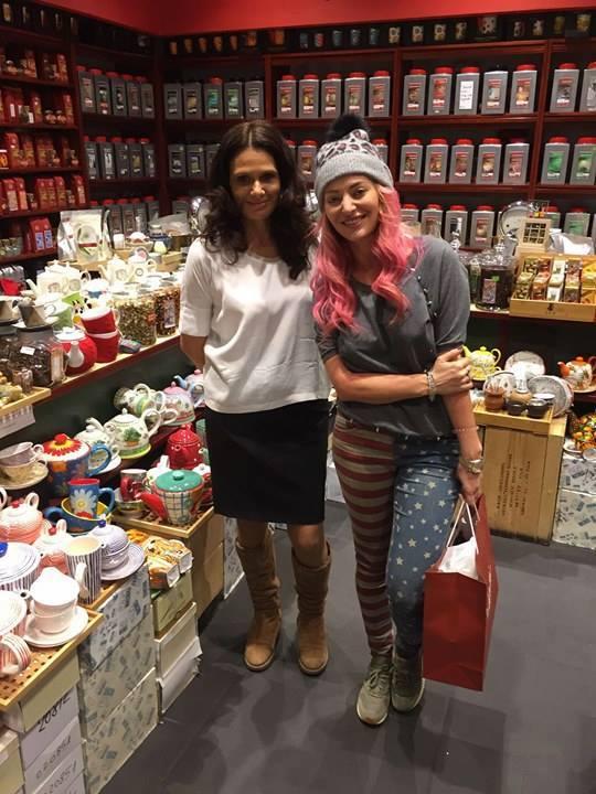 Delia in Livada cu Ceai